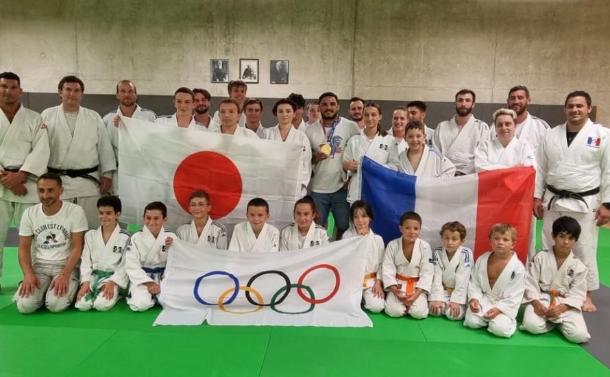 Visite surprise d'un Champion Olympique dans notre section de Meyzieu